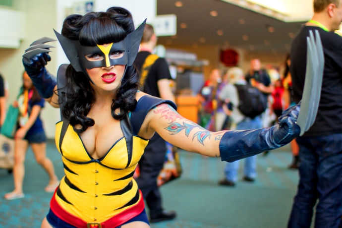 ¿Nos invaden los falsos nerds? Las chicas cosplay y la ira de Tony Harris